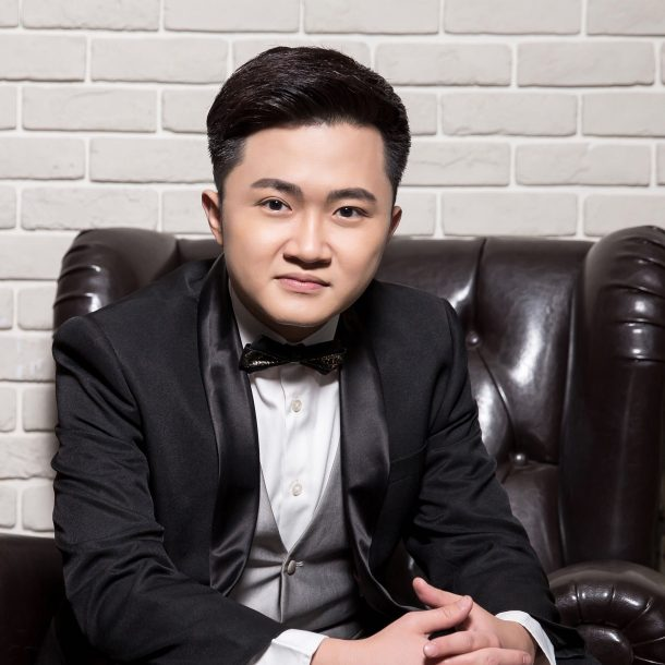 Frankie Leung 02 - AGAIN COMMUNICATIONS LIMITED